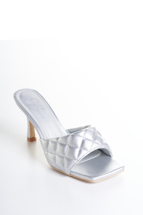 Silver hoof 2