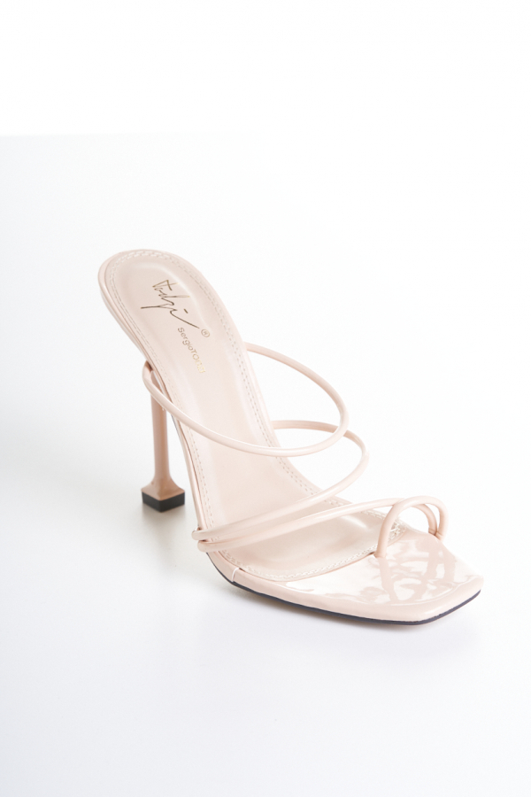 Willowy nude sandal