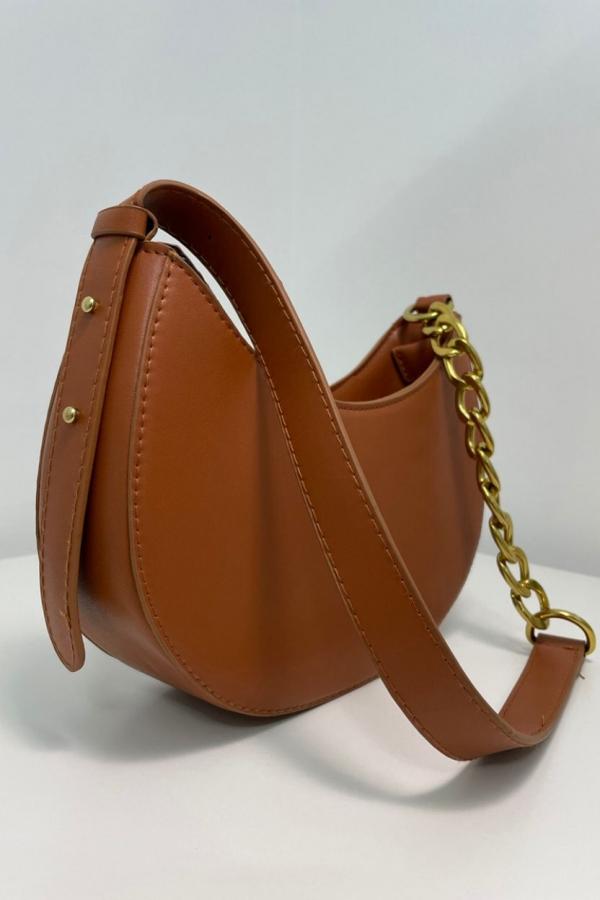 borsa tracolla colore cuoio